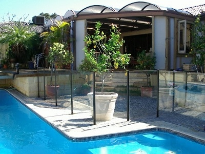 safe pool gates and fences