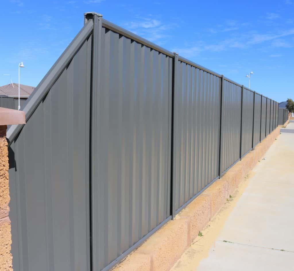 Colorbond Fencing 132
